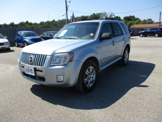2008 Mercury Mariner V6 2WD (4M2CU81178K) with an 3.0L V6 DOHC 24V engine, 4-Speed Automatic Overdrive transmission, located at 23980 F.M 1314, Porter, TX, 77365, (281) 354-3355, 30.104134, -95.249527 - Photo #0